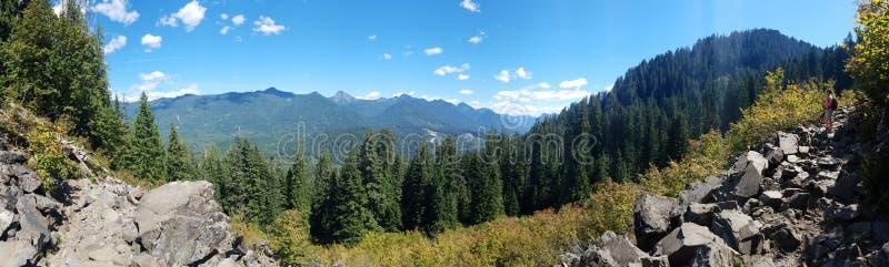 Montagnes et roches photos libres de droits