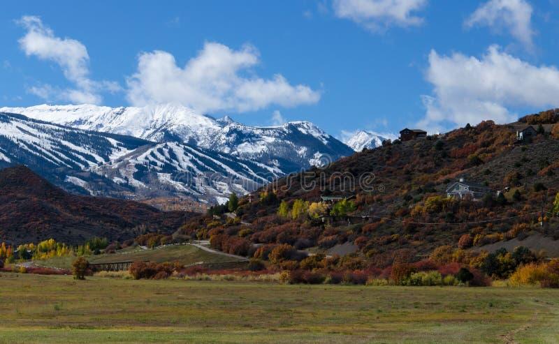 Montagnes hypnotisantes du Colorado en automne image stock