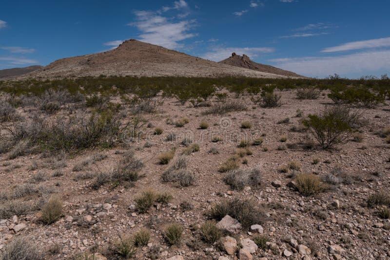 Montagnes le long de la route nationale 27 dans le sud-ouest Nouveau Mexique photos stock