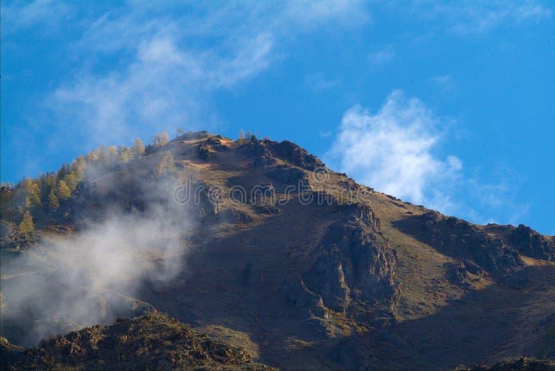 montagnes orientales d'horizontal d'altai sayan photographie stock libre de droits