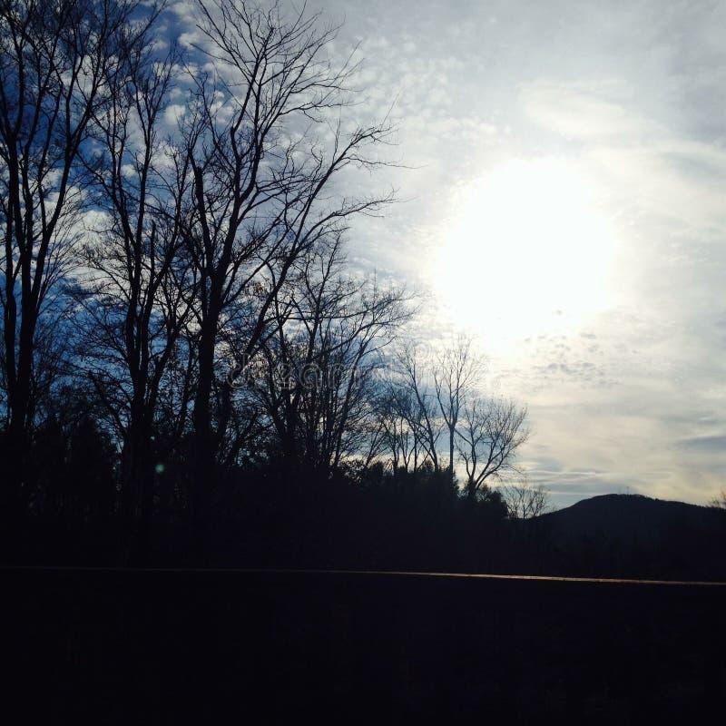 Montagnes pendant le matin photos stock