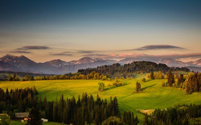 Montagnes Pologne de Tatra de lever de soleil photographie stock