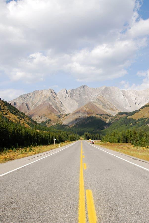 Montagnes rocheuses et omnibus images libres de droits