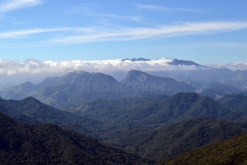 Montainsmening van de Bonet-Rots in Petropolis, Rio de Janeiro, Brazili? Concept avontuur en vrijheid stock afbeeldingen