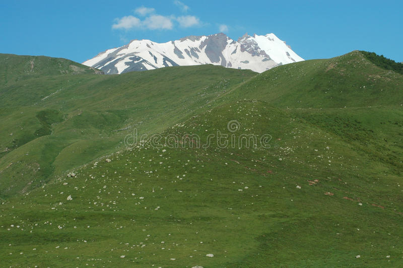 Montaje Kazbek, Georgia imagen de archivo libre de regalías