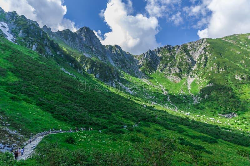 montaje Kiso-Komagatake, montañas centrales, Nakano, Japón fotos de archivo