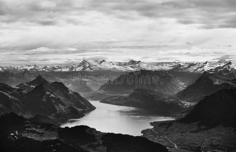 Montan@as, Suiza Foto de archivo