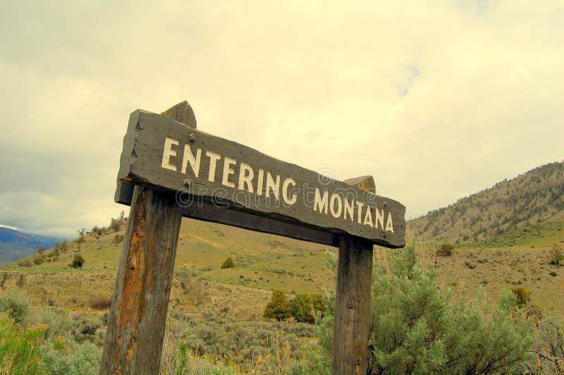 Montana entrando imagens de stock