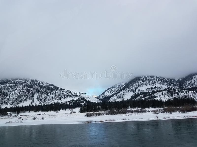 Montana Snowy River imagen de archivo