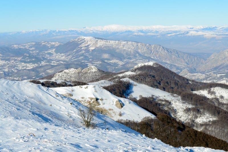 Montanhês coberto de neve fotos de stock royalty free