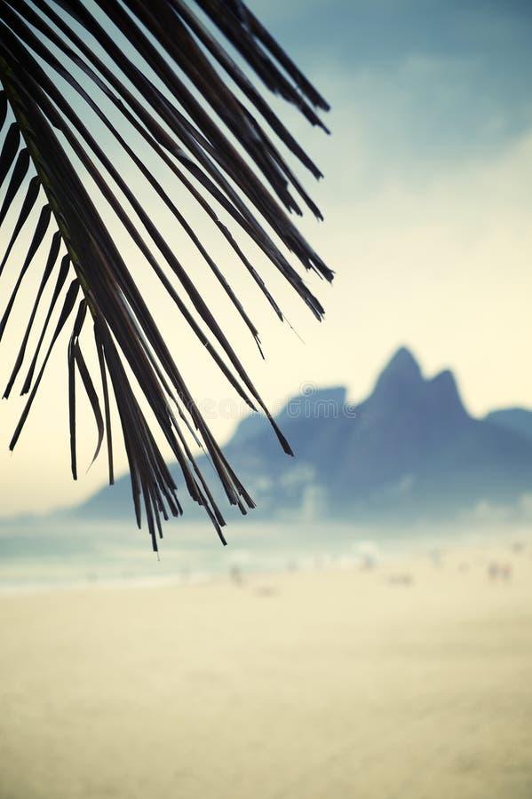 Montanha Brasil dos irmãos de Rio de janeiro Ipanema Beach Two foto de stock