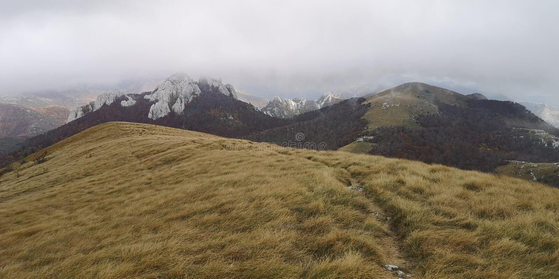 Montanha/Cordilho de Velebit Croata imagem de stock