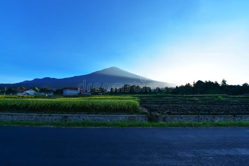 Montanha de Ciremai fotos de stock