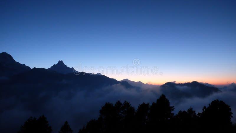 Montanha de Machapuchare fotografia de stock royalty free