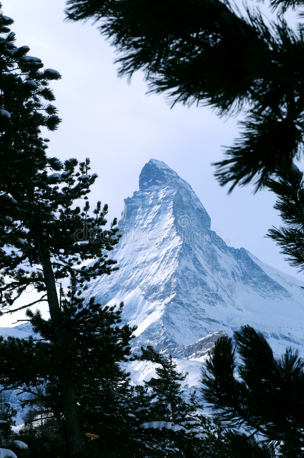 Montanha de Matterhorn foto de stock royalty free