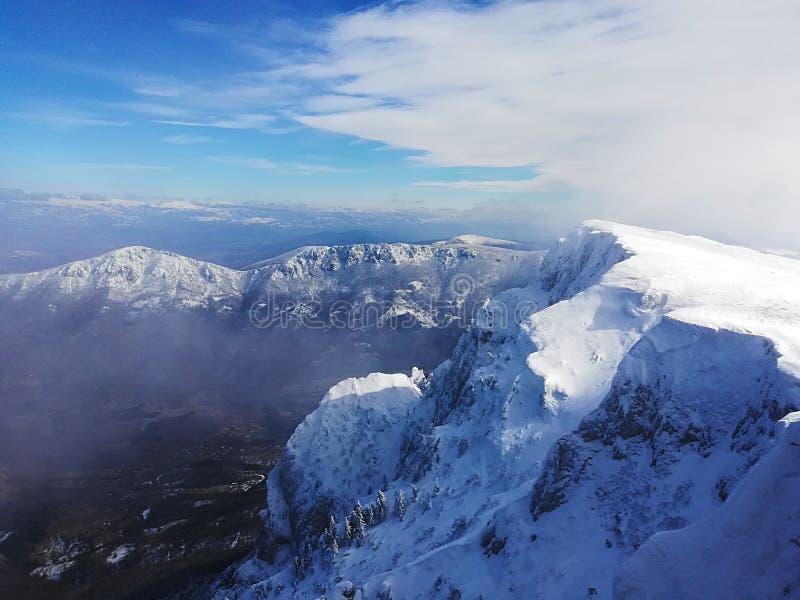 Montanha de Trem pico-Suva fotografia de stock royalty free