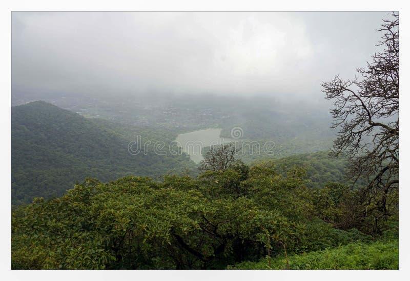 Montanha de Tungareshwar imagens de stock