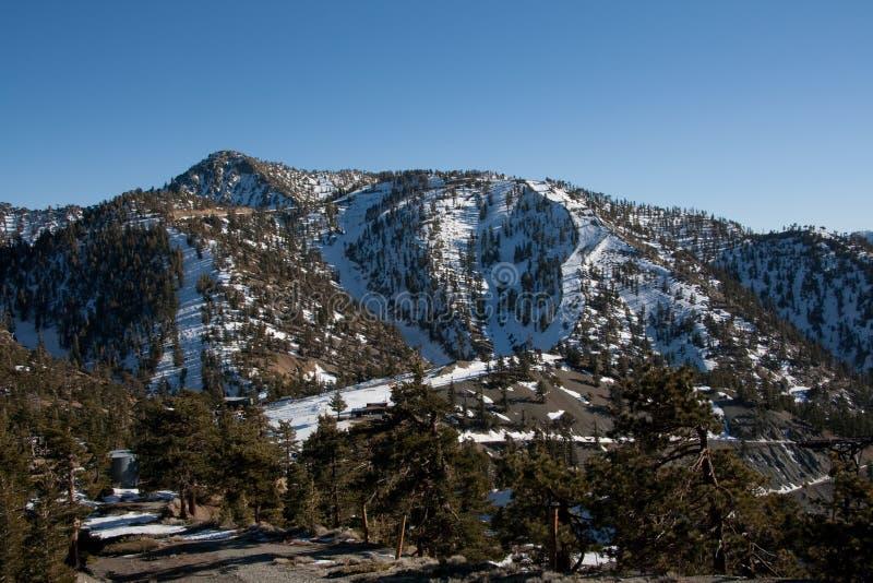 Montanha do esqui fotografia de stock