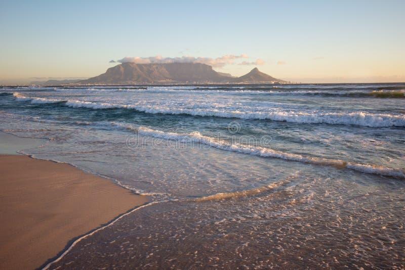 Montanha e Cape Town da tabela foto de stock