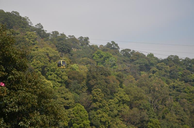 Montanha Forest Cable Car de Baiyun imagens de stock