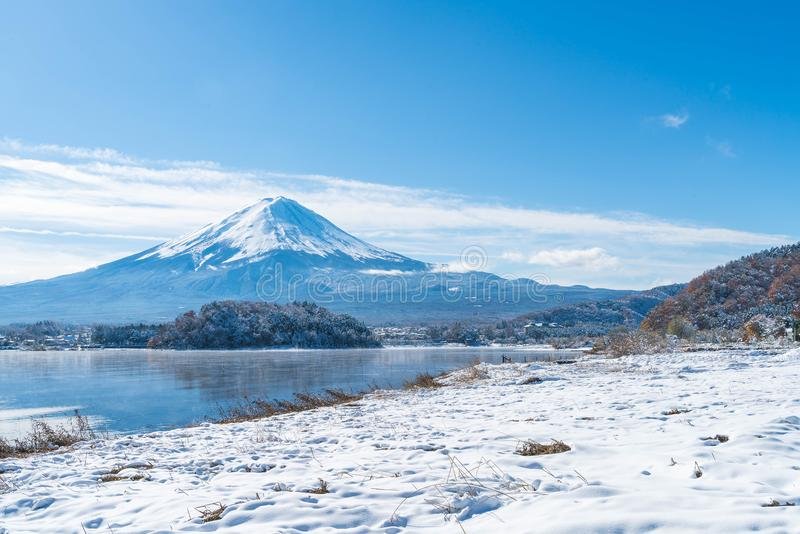 Montanha Fuji San no lago Kawaguchiko imagens de stock