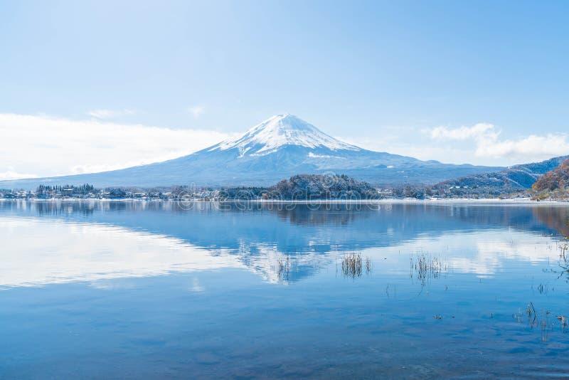 Montanha Fuji San no lago Kawaguchiko fotografia de stock
