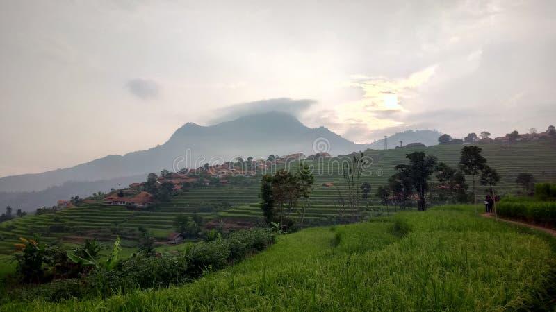 Montanha java ocidental Indonésia de Manglayang foto de stock royalty free