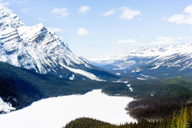A montanha negligencia 3 fotos de stock royalty free