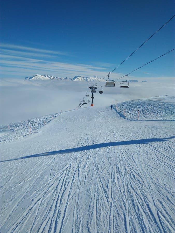 Montanha Ski Resort Chairlift imagem de stock royalty free
