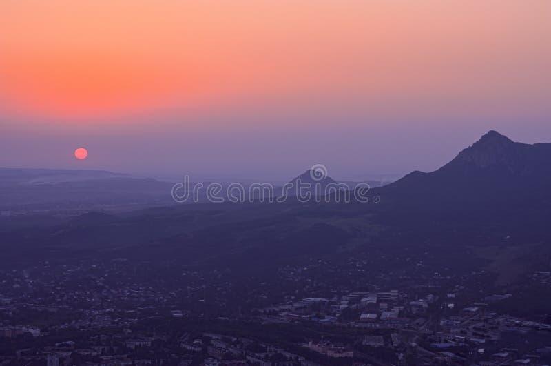 Montanha - tau pequena Águas minerais caucasianos, Federação Russa foto de stock royalty free
