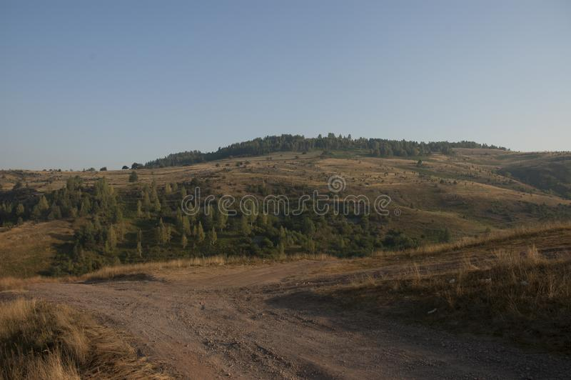 Montanha Uvac no planina Uvac u Srbiji da Sérvia imagens de stock