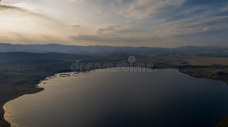 Montanhas à proximidade do lago Bannoe, república Bashkortostan, Rússia fotografia de stock royalty free