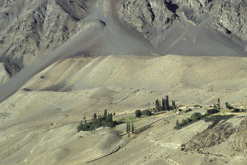 Download Montanhas 8 de Paquistão foto de stock. Imagem de mountaineering - 12809152