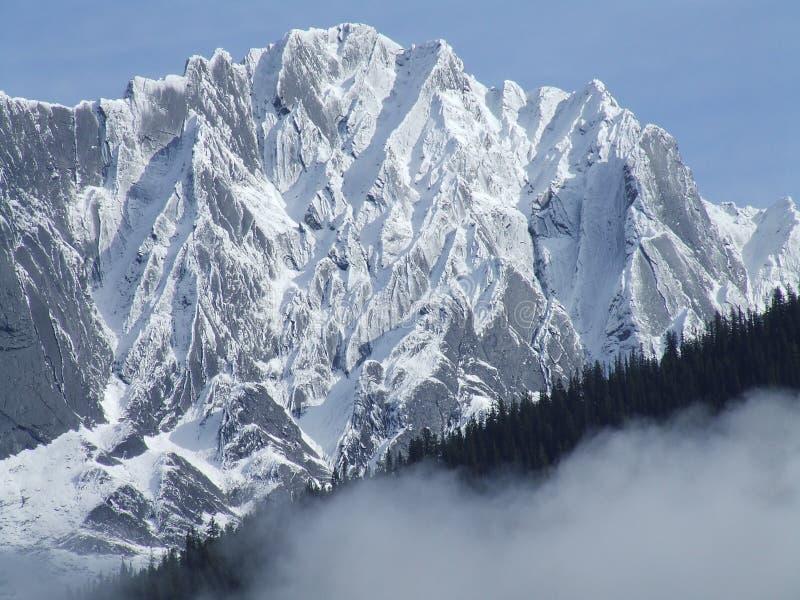 Montanhas congeladas fotografia de stock