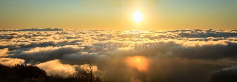 Montanhas crimeanas ucranianas imagens de stock