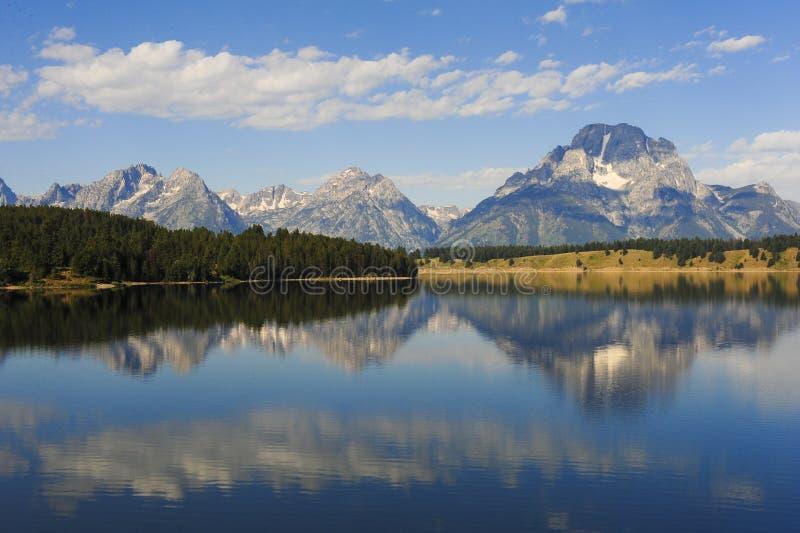 Montanhas da paz imagem de stock