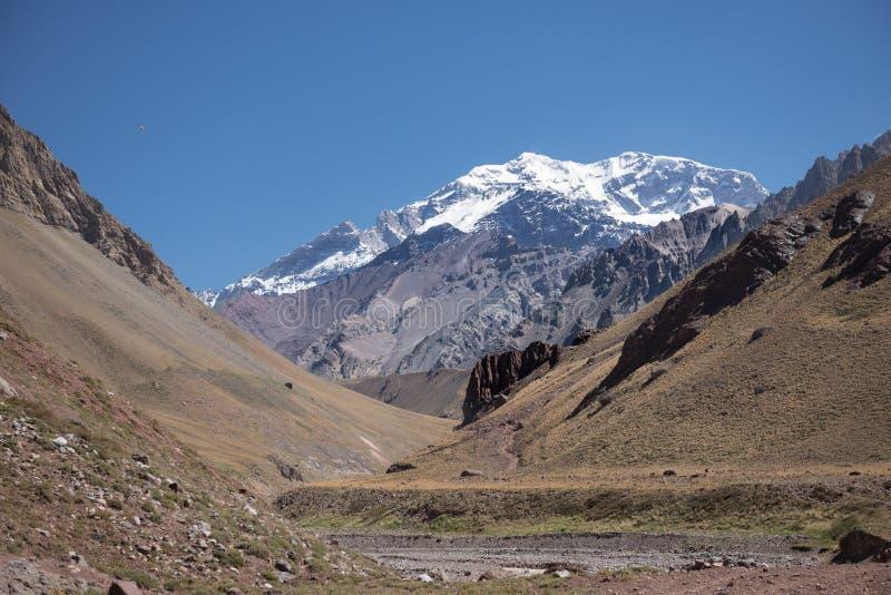 Montanhas de Andes em Mendoza Argentina fotos de stock