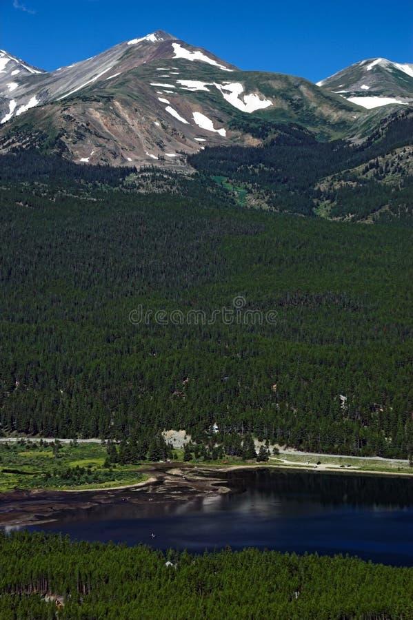 Montanhas de Breckenridge Colorado com lago fotos de stock