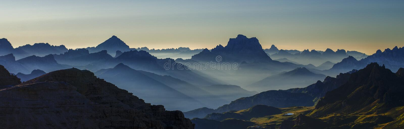 Montanhas de Dolomiti fotos de stock royalty free