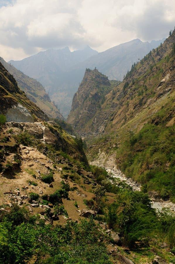 Montanhas de Nepal Himalaya fotografia de stock