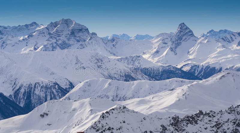 Montanhas de Parsenn em torno de Davos imagens de stock royalty free