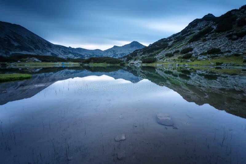 Montanhas de Pirin imagem de stock