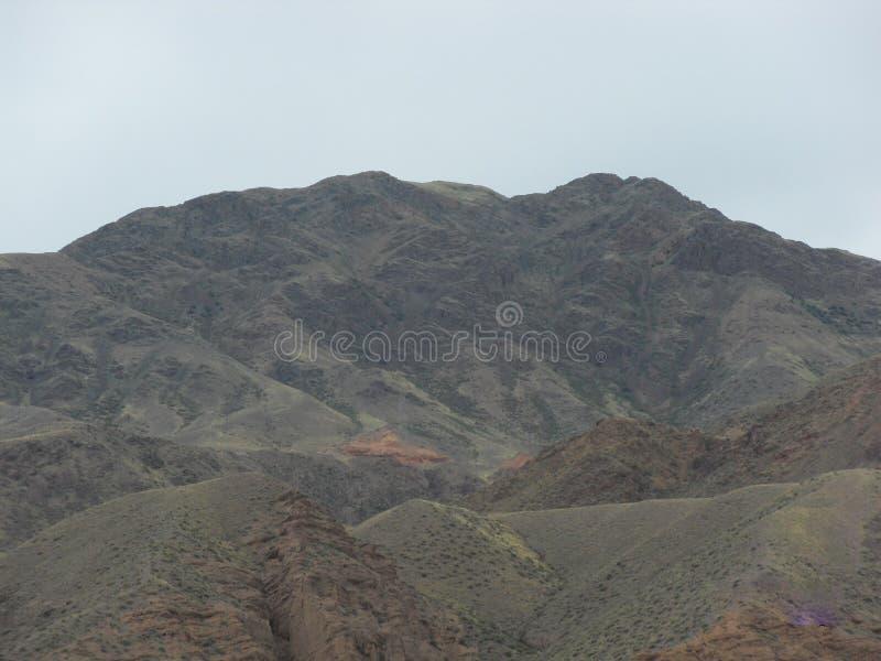 Montanhas de Quirguistão imagem de stock royalty free