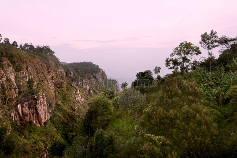 Montanhas de Usambara. O por do sol foto de stock royalty free