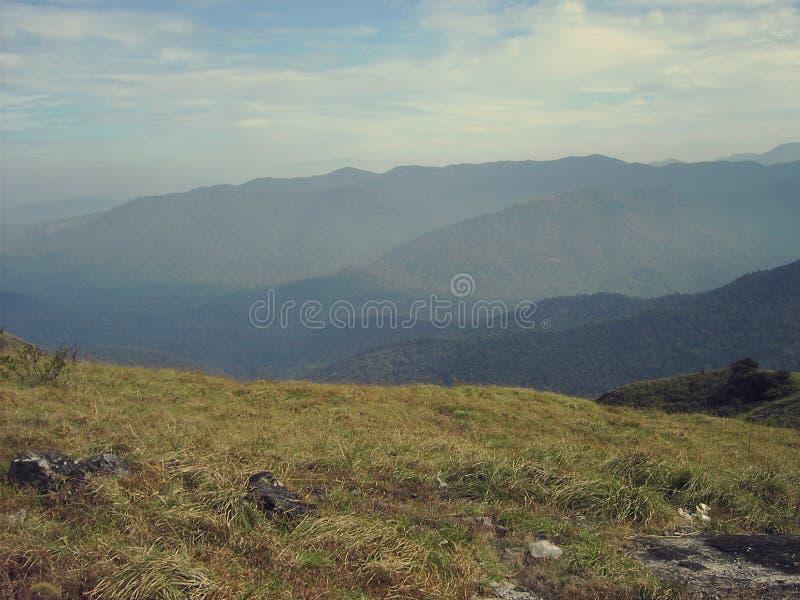 Montanhas de Woow e scenary imagem de stock royalty free