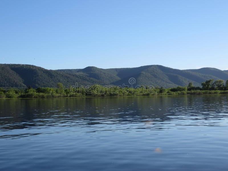 Montanhas de Zhiguli e o Rio Volga no verão foto de stock royalty free