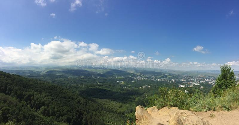 Montanhas do Cáucaso imagem de stock royalty free