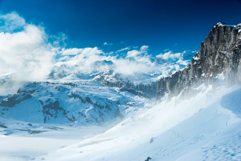 Montanhas do parque nacional de Picos de Europa, as Astúrias, Espanha imagens de stock