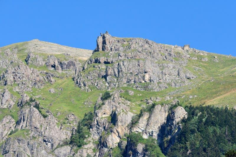 Montanhas do Pontic na costa do Mar Negro de Turquia fotografia de stock