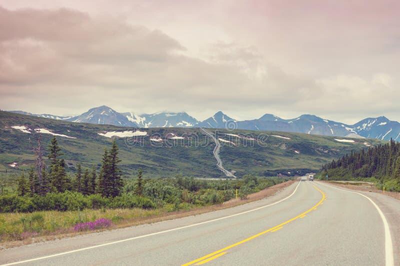 Montanhas em Alaska fotos de stock